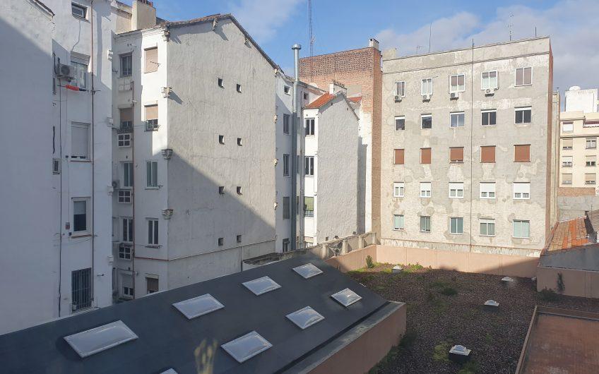Piso en calle Alcalá